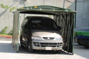 標準七人座廂車車庫